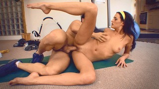 Eva Sinn makes working out incredibly fun